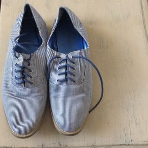 Blue and white striped loafers!